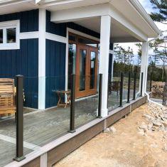 QE2 Cottage Deck - Hendren Contracting LTD., Eye for Style - Rendell Homes, & Chester Builders