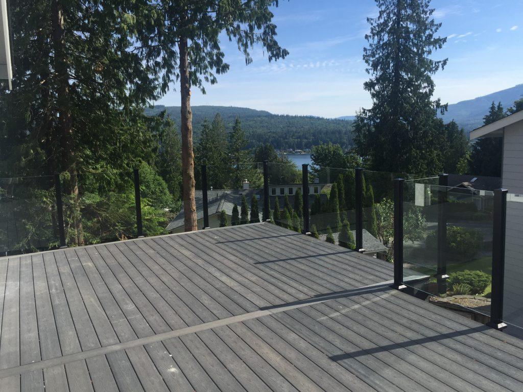scenic glass deck railing